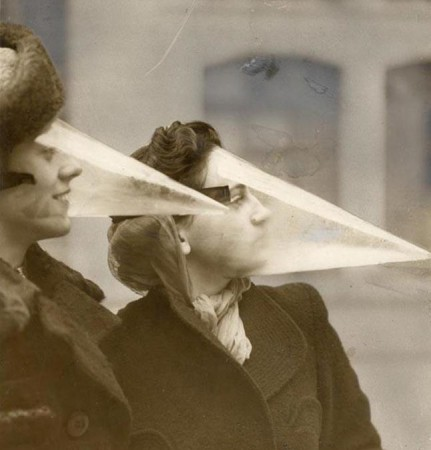 """Face Cones"": a fashionable way to protect oneself during snowstorms (1939)"
