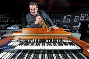 Joey De Francesco, il numero uno dell'organo Hammond il 16 marzo al Jazz Cat