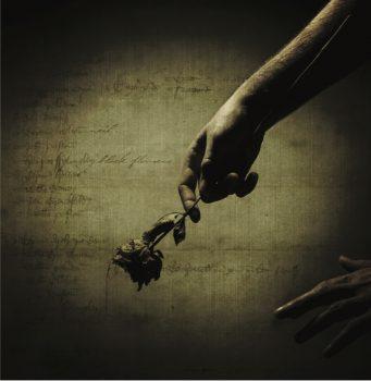 copertina-black-flowers