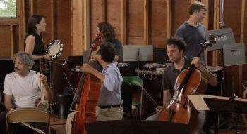 yo-yo-ma-e-i-musicisti-della-via-della-seta-the-music-of-strangers